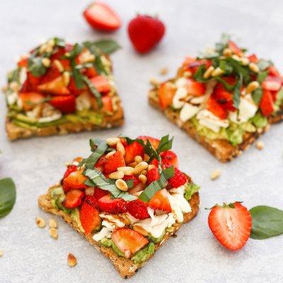 Strawberry Breakfast Toast